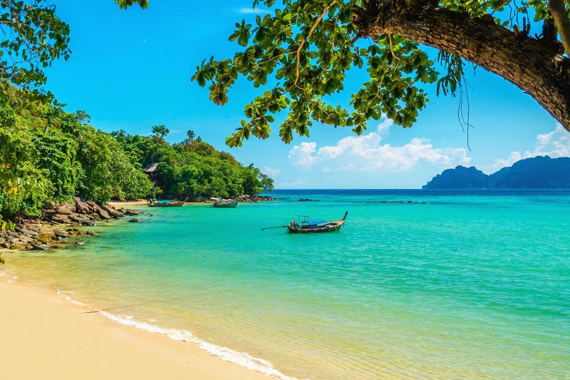 Бали останется закрытым для иностранных туристов до конца 2020 года