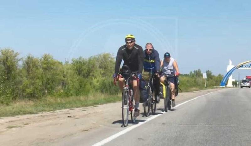 Жители Лисаковска отправились в необычный 600-километровый велопробег