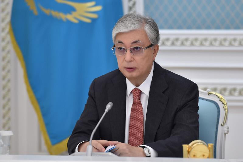 托卡耶夫总统出席哈萨克斯坦宪法颁布25周年国际研讨会