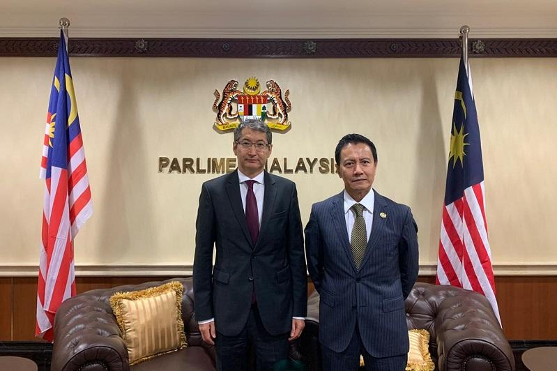 哈萨克斯坦大使会见马来西亚国会下院议长哈仑
