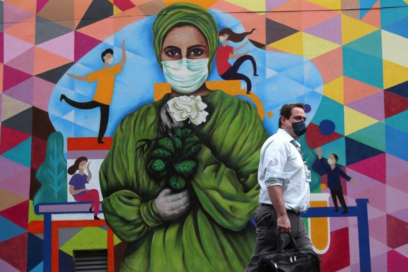 Более 7 млн жителей Латинской Америки заразились коронавирусом