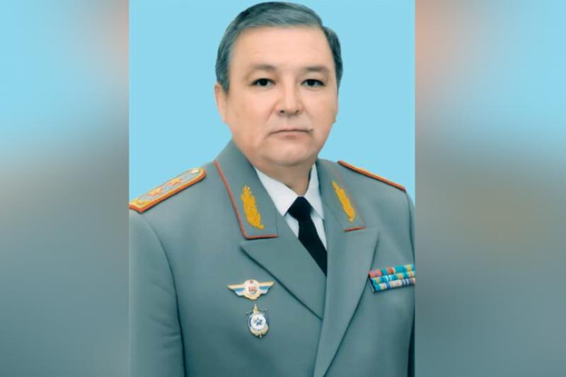 В Службе государственной охраны состоялось награждение генерал-лейтенанта Мухтара Аюбаева