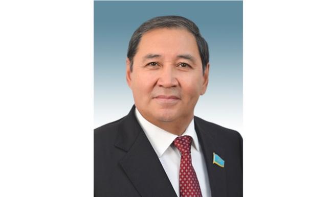 Сенатор Дюсембаев: Основа нашей Конституции – это свобода личности и безопасность человека