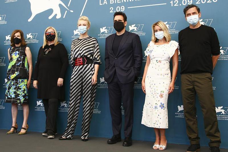 77-й Венецианский кинофестиваль проходит на итальянском острове Лидо