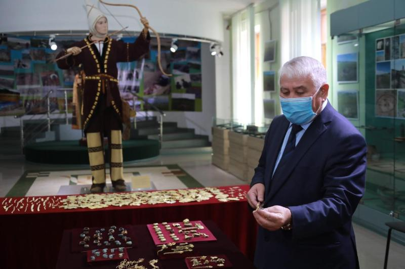 Golden treasure unearthed in E Kazakhstan