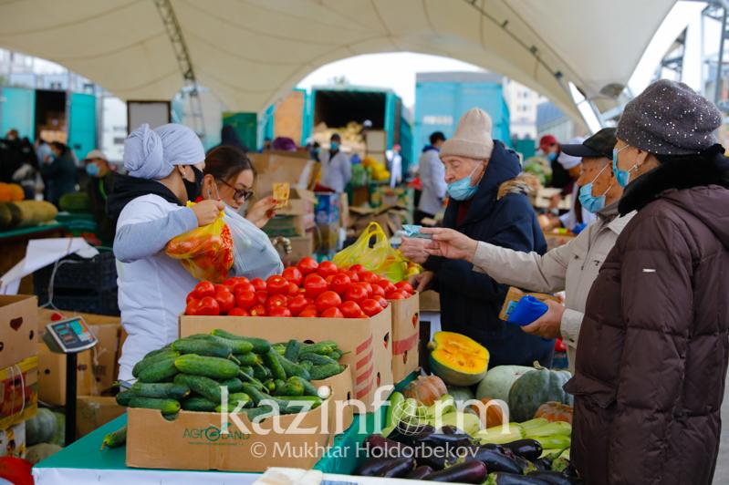 Túrkistan men Almaty oblystary elordadaǵy jármeńkeler maýsymyn ashty