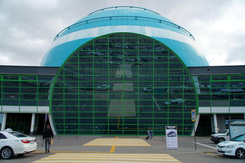 努尔苏丹·纳扎尔巴耶夫国际机场加强防疫防控措施