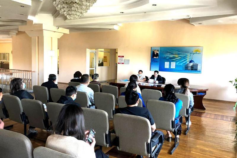 Алматыда праймериз қатысушылары үгіт-насихаттың алғашқы күнінде 100-ден астам іс-шара өткізді