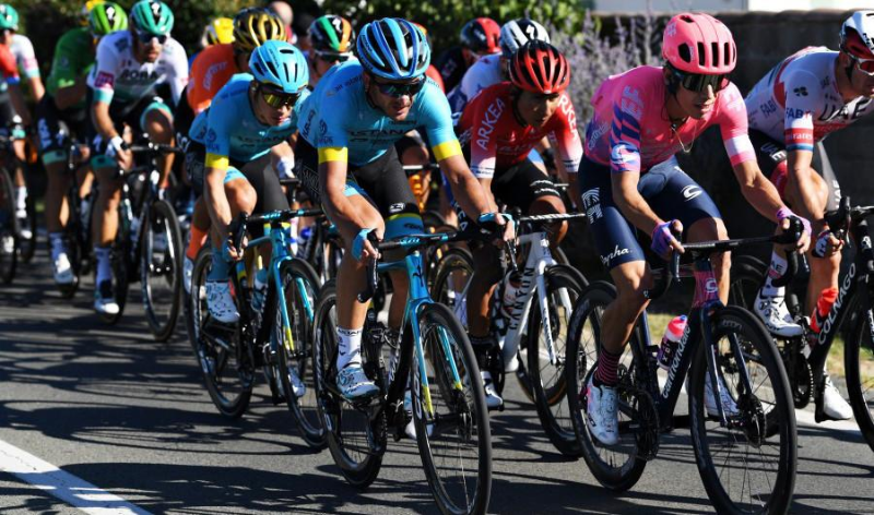 Astana passed Tour de France Stage 10 without troubles
