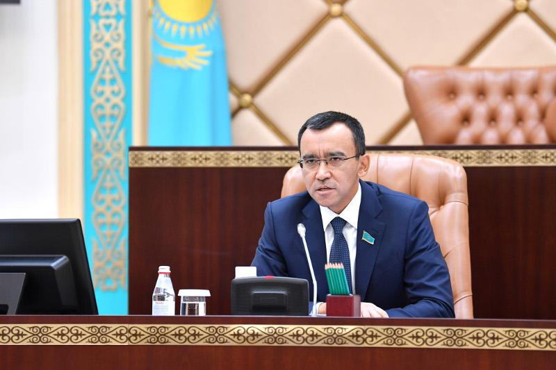 Маулен Ашимбаев обозначил стоящие перед Сенатом задачи
