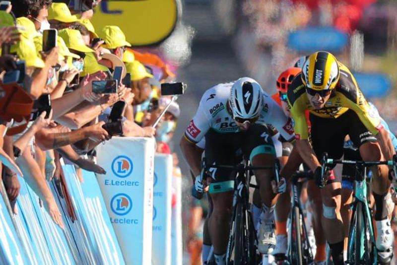 Bad day for Astana riders in Tour de France Stage 11