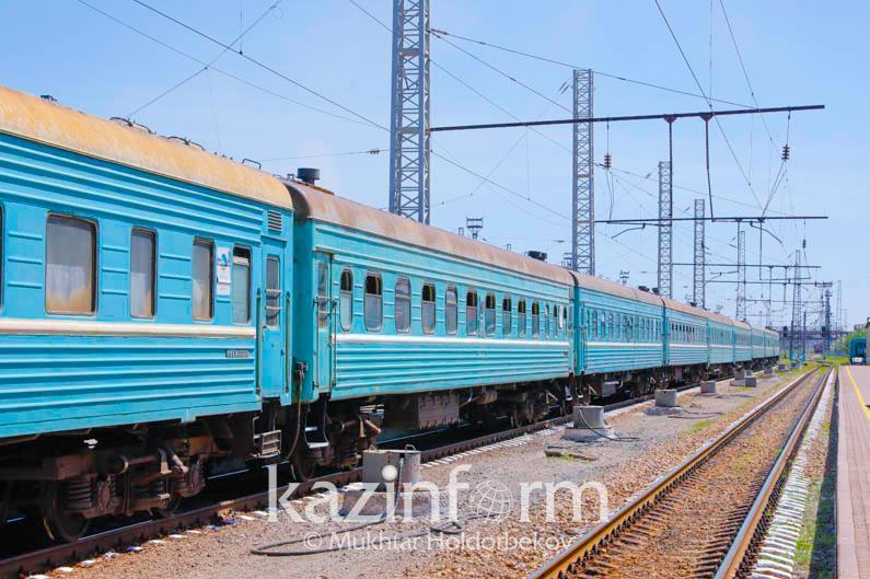 График движения некоторых пассажирских поездовизменен в Казахстане