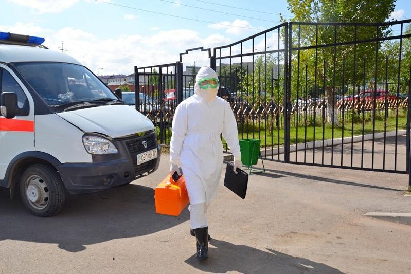 努尔苏丹市加强了移动医疗小组的工作