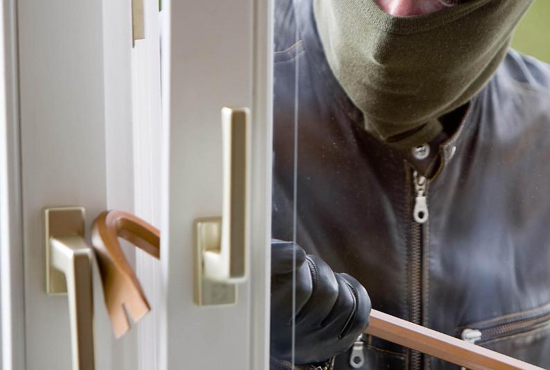 Полиция Тараза просит горожан тщательнее оберегать квартиры