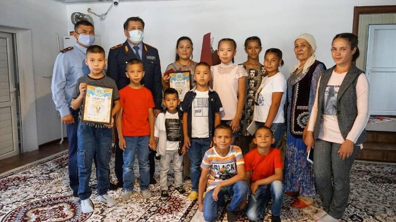 Многодетные семьи поздравил начальник полиции Жамбылской  области