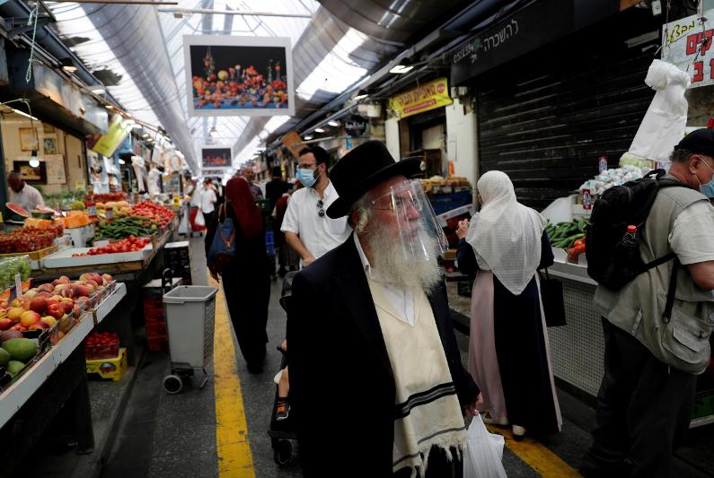 Израиль вводит жесткий карантин на фоне второй волны коронавируса