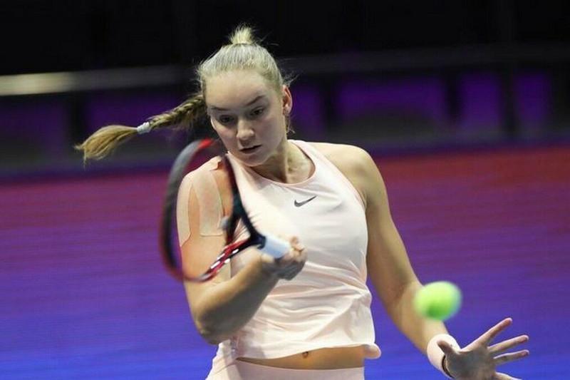 Елена Рыбакина стартовала с победы на теннисном турнире в Италии