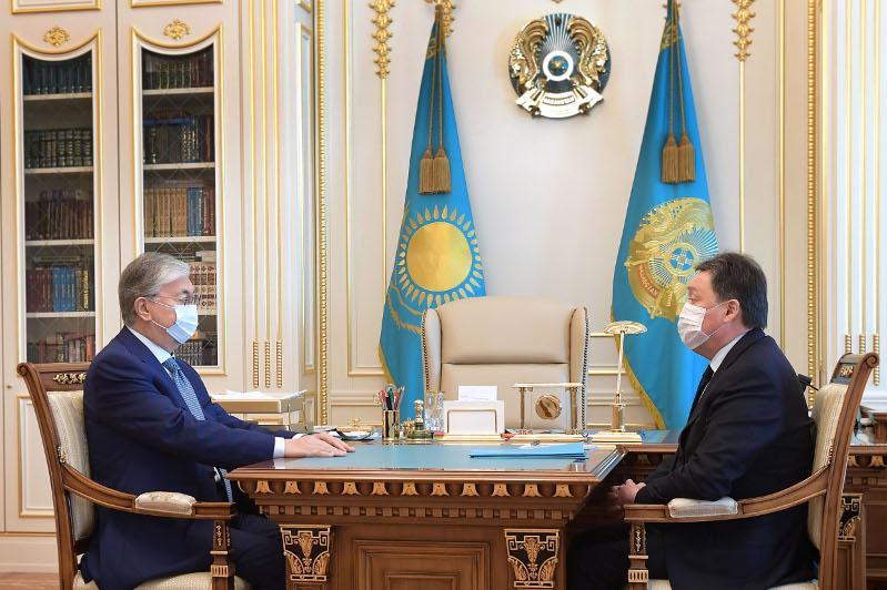 Глава государства принял Премьер-Министра РК