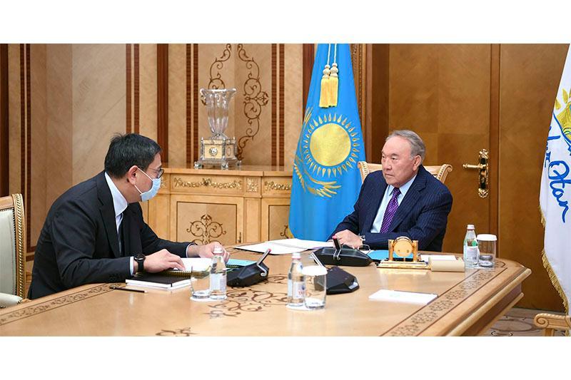 Елбасы встретился с председателем Национального банка РК