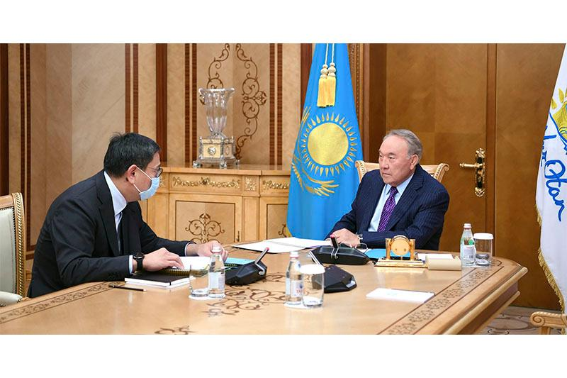 Elbasy meets with Chairman of National Bank