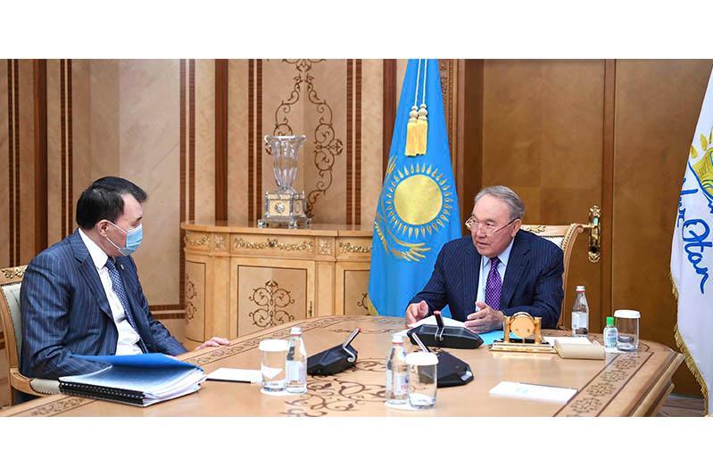 Нурсултан Назарбаев встретился с председателем Агентства по противодействию коррупции