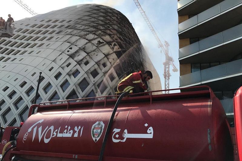 黎巴嫩首都商业区发生大火