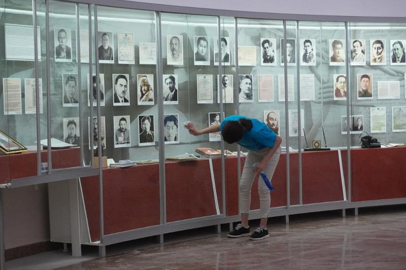 Помощь в реставрации музея «АЛЖИР» оказали волонтеры