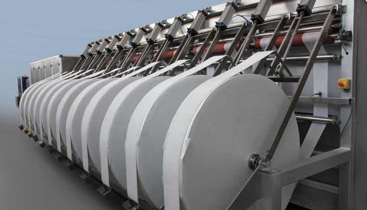 哈-土合资湿巾生产线正式投产