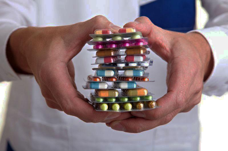 Назначение каких препаратов доказывает свою эффективность в борьбе с COVID-19