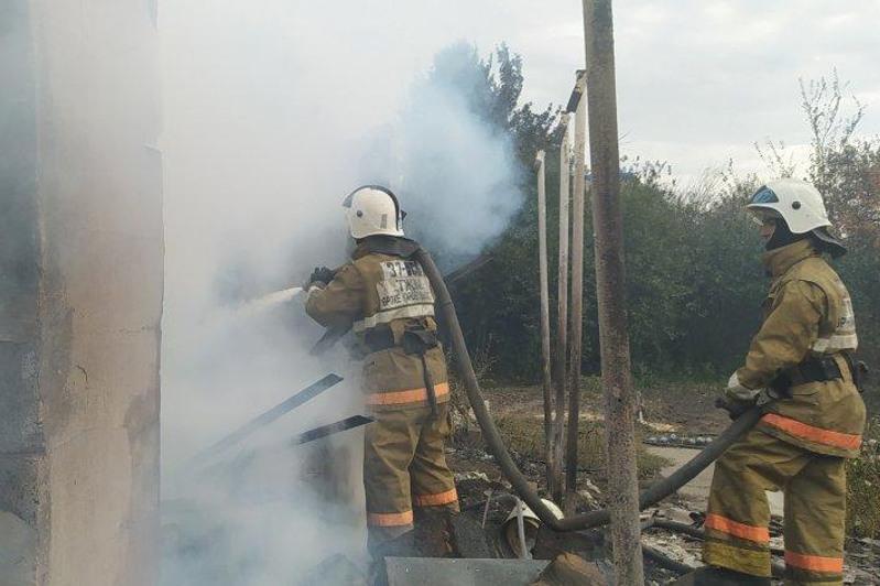 Пожар на территории дачного общества в ВКО потушили