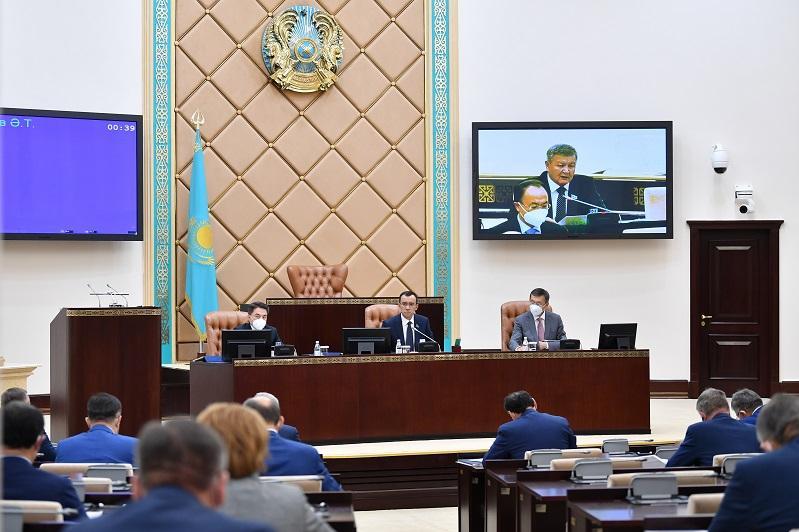 Сенат вернул в Мажилис законопроект о противодействии коррупции