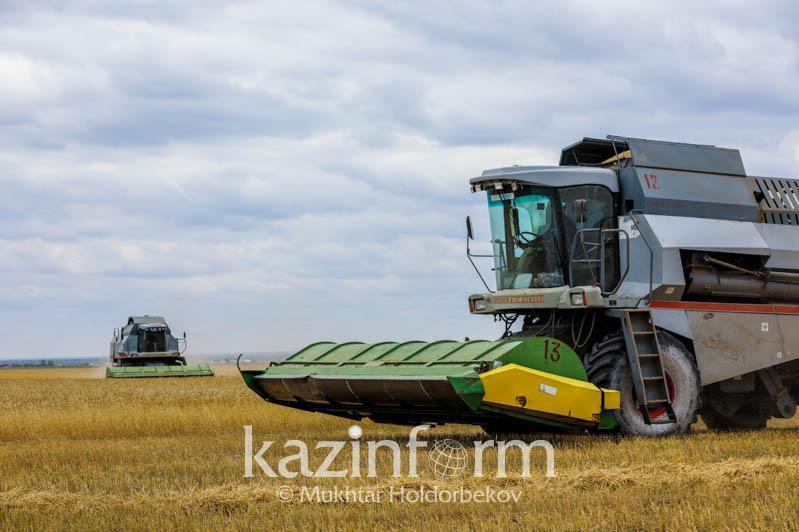 哈萨克斯坦计划扩大农业机械的生产