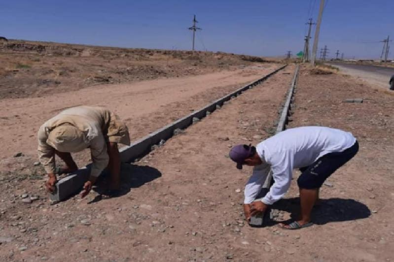 Как благоустраивают села Туркестанской области в рамках Дорожной карты занятости