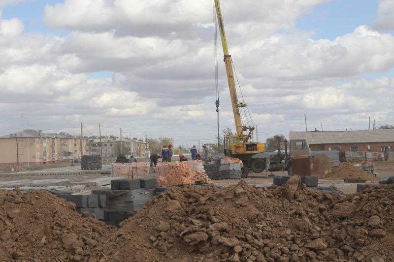 Два многоквартирных дома строят в поселке Агадыр Карагандинской области