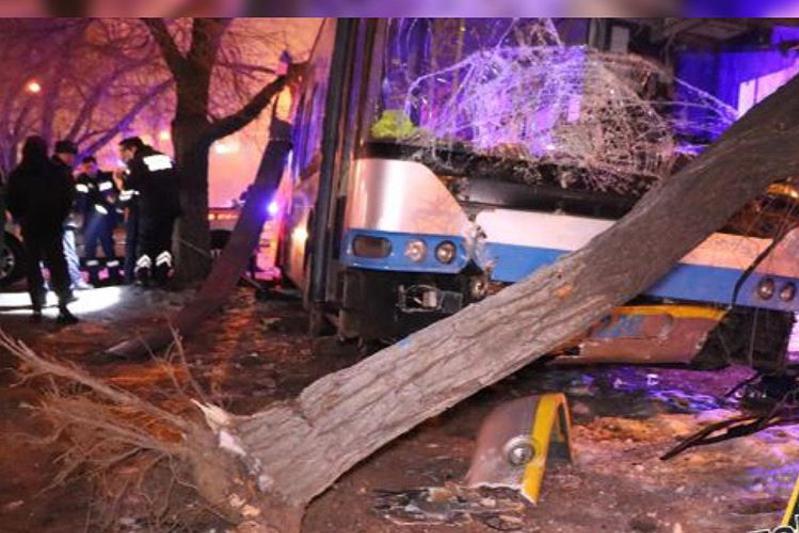 В Алматы осудили водителя троллейбуса, сбившего насмерть мужчину