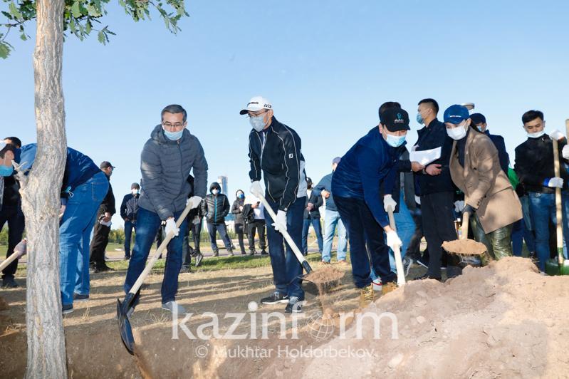 Senatorlar «World clean up day» ekologııalyq qozǵalysyna qoldaý bildirdi