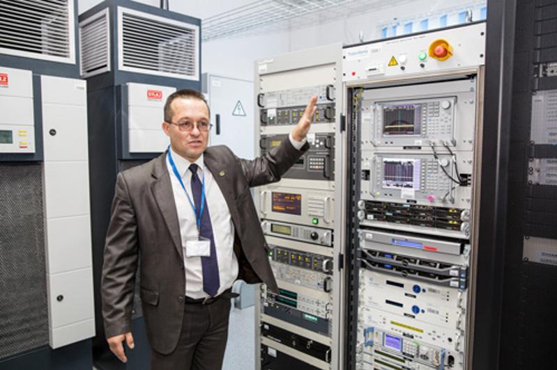 «Последняя миля», «подъем/приземление спутниковых сигналов»: первый казахстанский телепорт в действии