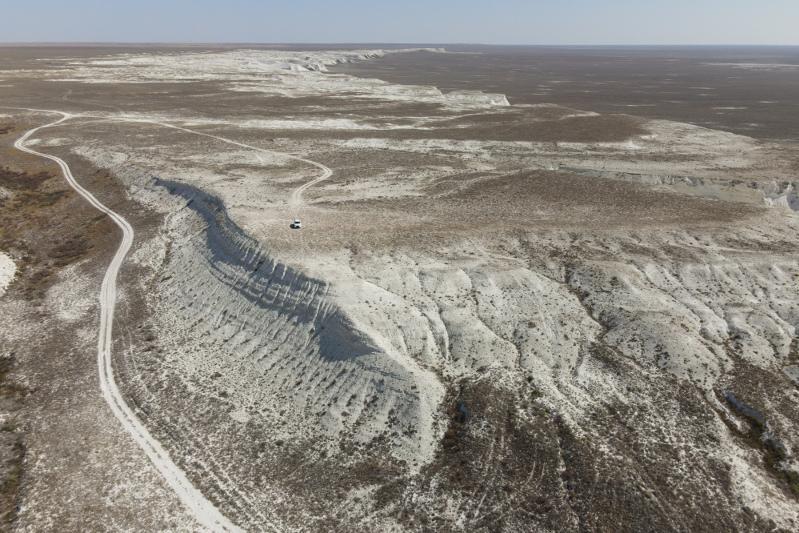 Меловое плато Акергешен в степях Атырауской области - маршрут для внутреннего туризма