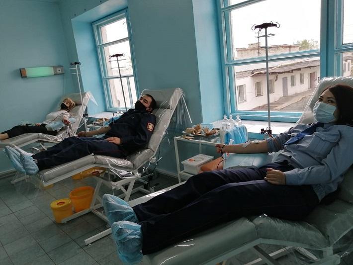 Донорами стали сотрудники колоний строгого режима в ВКО