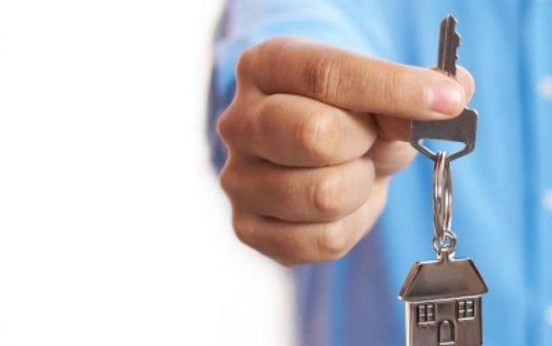 Ключи от квартир получили 265 очередников в Алматы ко Дню города
