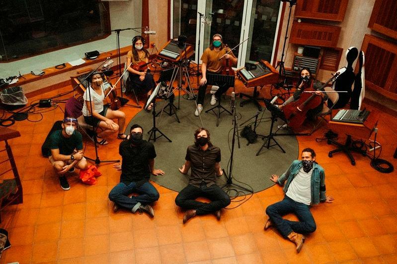 Американская группа исполнила мелодию Абая «Айттым Салем, Каламкас»