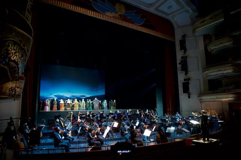 Театр «Астана Опера» открыл VIII сезон грандиозным гала-концертом
