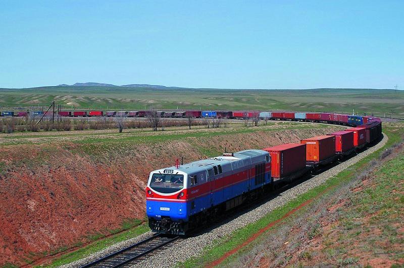 Объем грузоперевозок железнодорожным транспортом возрос в Казахстане