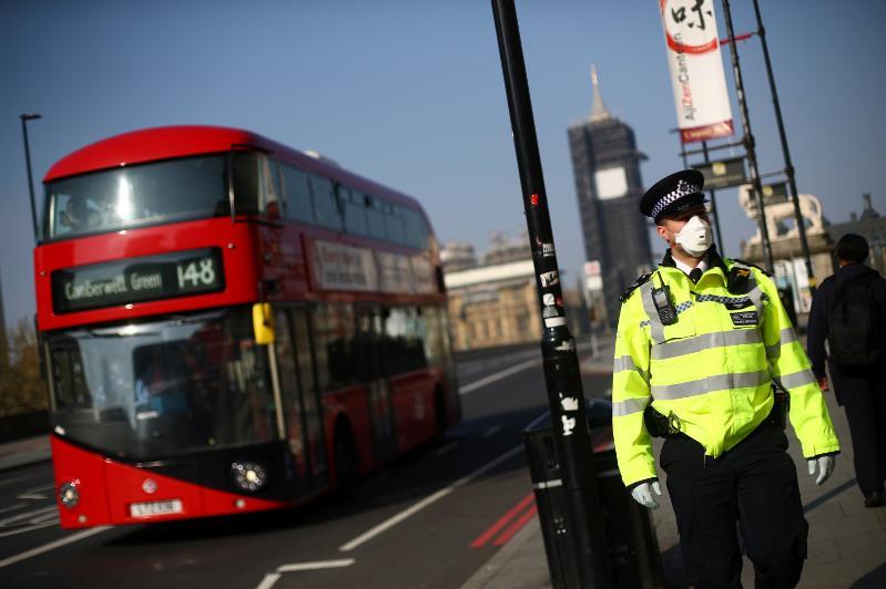 新冠疫情加速恶化 英国政府考虑第二度实施全国性封锁