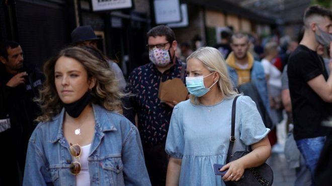 Коронавирус в мире: нарастающая тревога в Англии, частичный карантин  в Мадриде