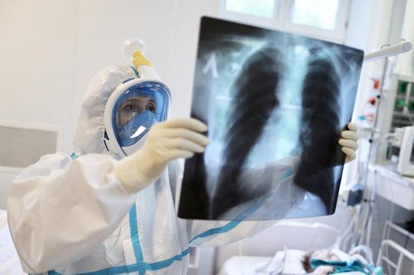 新冠肺炎:尚有3600多名确诊患者正在接受治疗