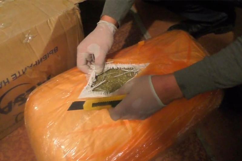 Наркоторговцев осудили на 11 лет в ВКО