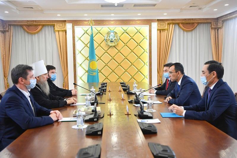 Маулен Ашимбаев встретился с Митрополитом Астанайским и Казахстанским