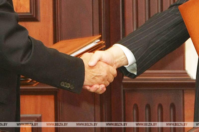 哈驻白俄大使会见白俄副外长