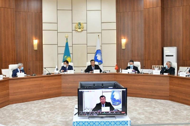 Abai's works in Kyrgyz presented in Kazakh capital